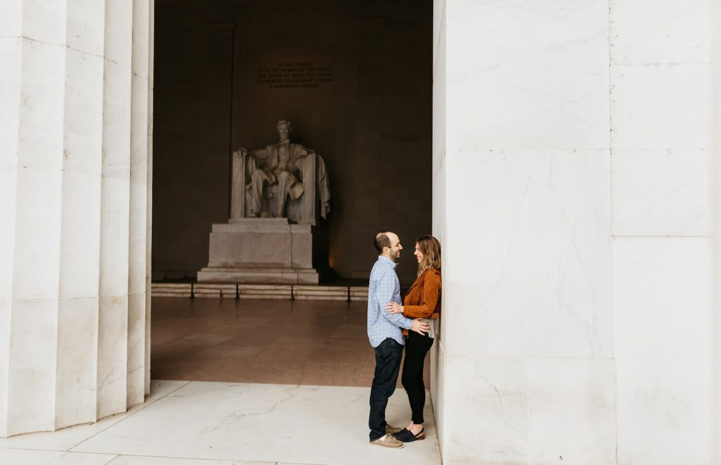 lincoln memorial engagement photo dc