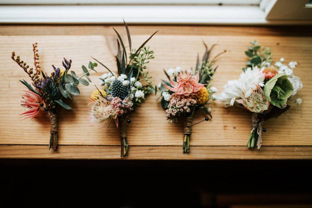 gift your bouquet wedding bouquet toss