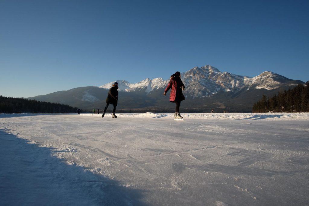 ice skating valentine's day proposal idea