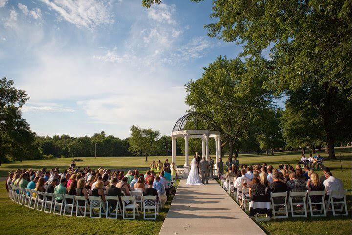 belvoir winery outdoor wedding venue kansas city