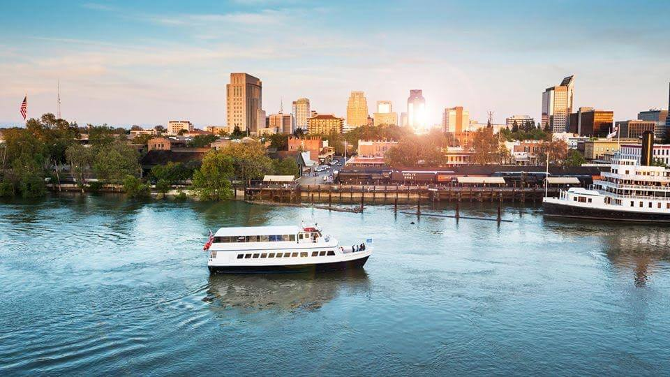 hornblower sacramento river cruises outdoor wedding venue sacramento