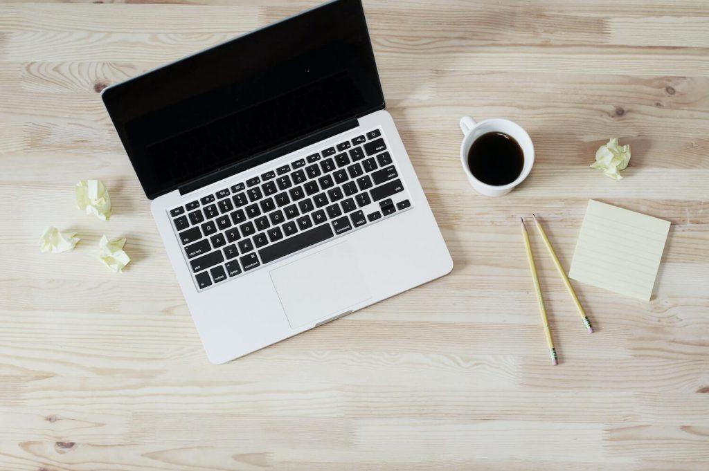 benefits of using online rsvp should i include rsvp link on wedding website