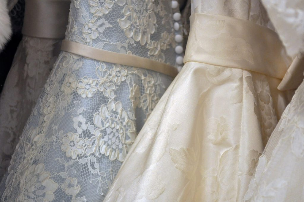 save on your wedding dress and overall looks ways to save money on wedding