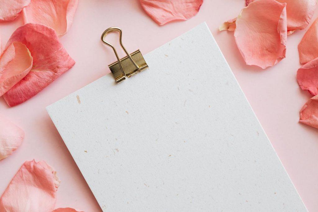 plan a reasonable wedding budget ways to save money on wedding