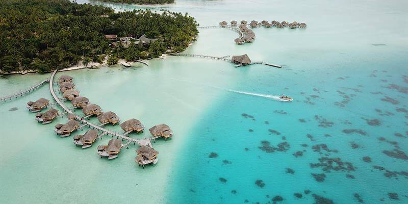 le taha'a island resort & spa tahiti bora bora honeymoon