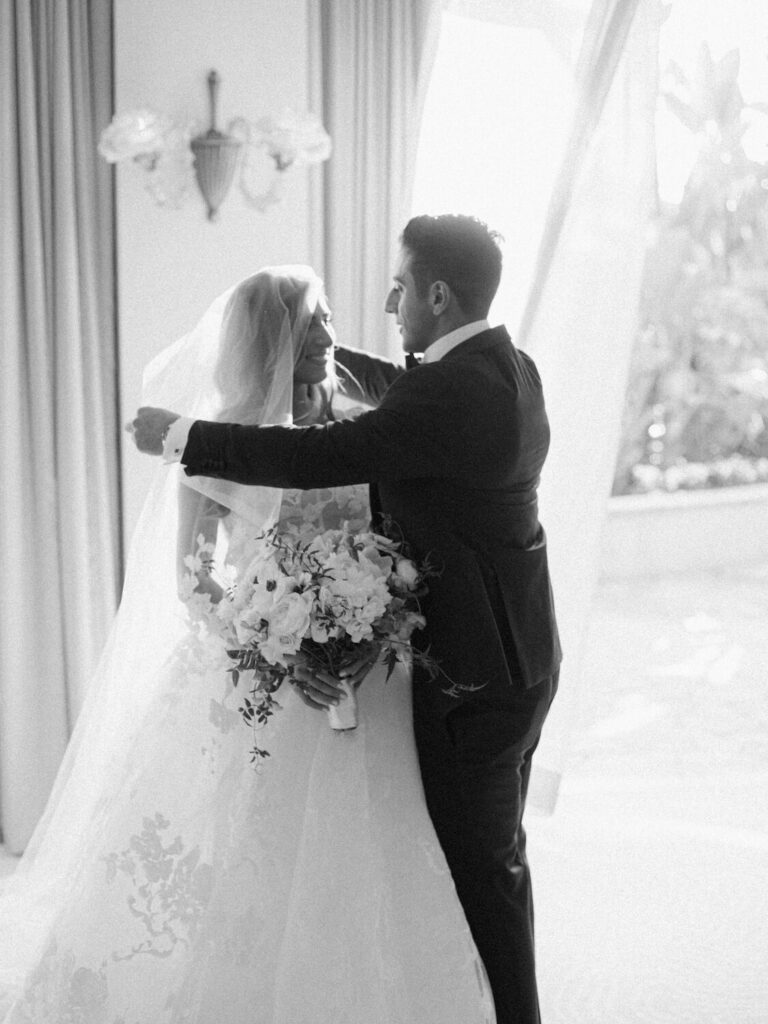 first look and couple portraits wedding photography timeline