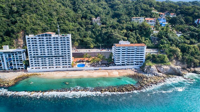 affordable destination wedding locations costa sur resort & spa, puerto vallarta